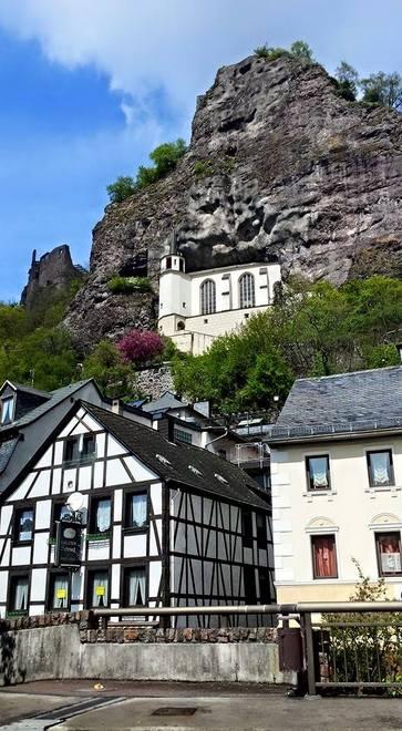 Casas na cidade de Idar-Oberstein na Alemanha