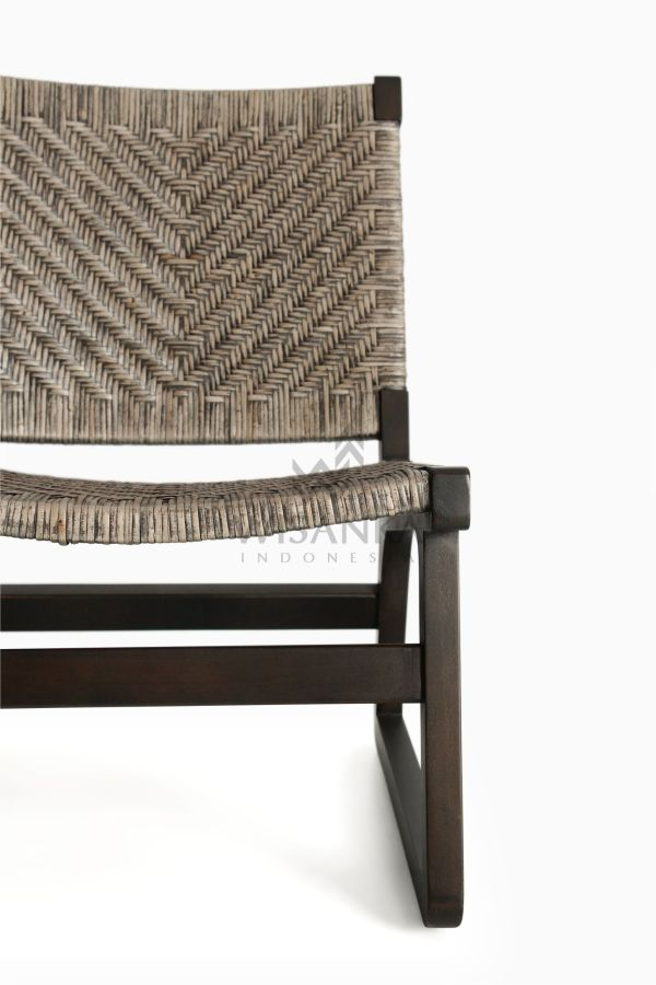 Muzu Lite Rattan Wooden Chair detail