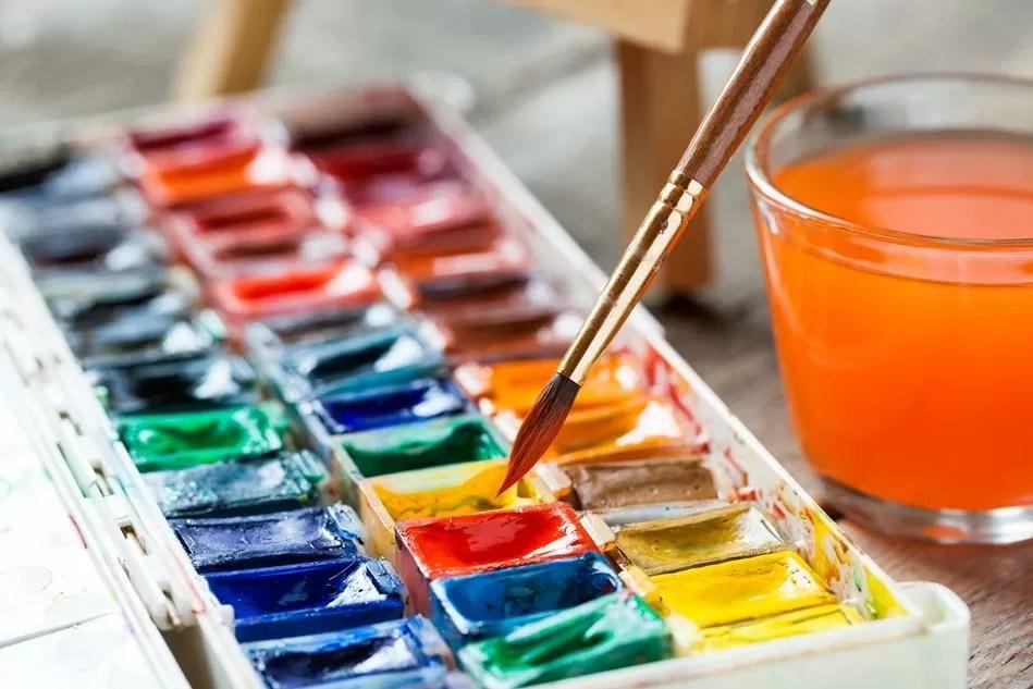 Insieme pittura e acqua