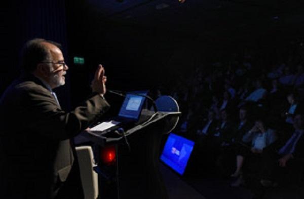 """Ministro Rodríguez: """"El crecimiento económico depende que enfrentemos la transformación digital en conjunto con nuestras empresas"""""""