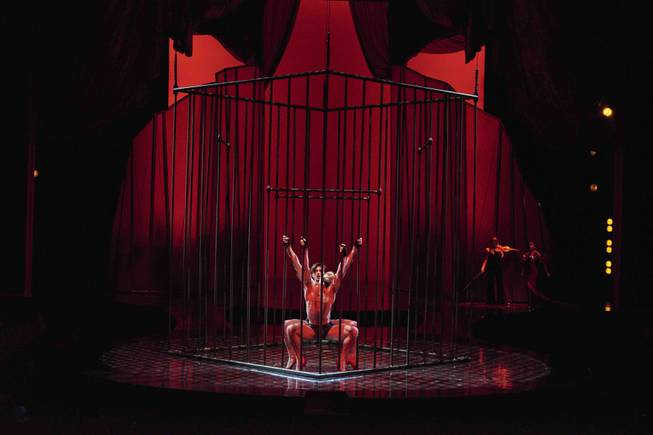 Robin Leach Zumanity Is Hotter Sexier Than Ever