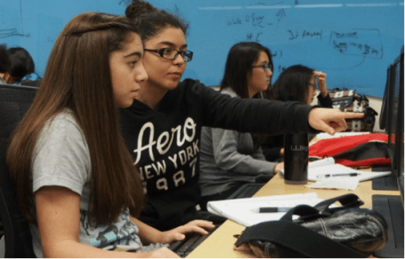 Girls who code at FIU lab photo