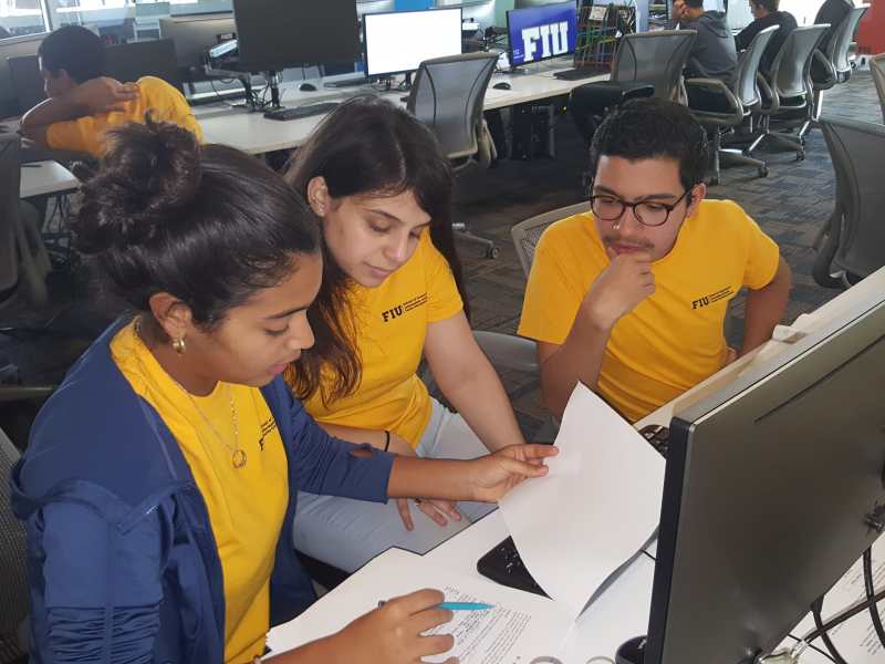 Photo from the 13th Annual FIU High School Programming Competition