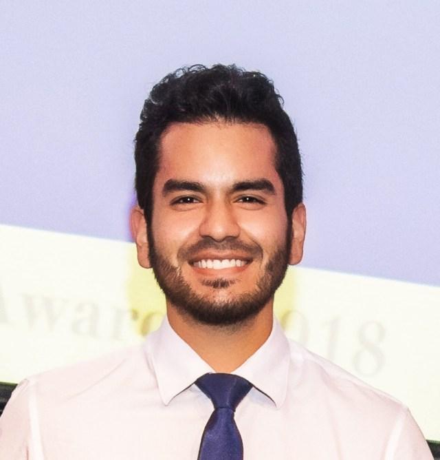 Cesar Villa-Garcia, #FIUSCIS Student, Named FIU Worlds Ahead Graduate