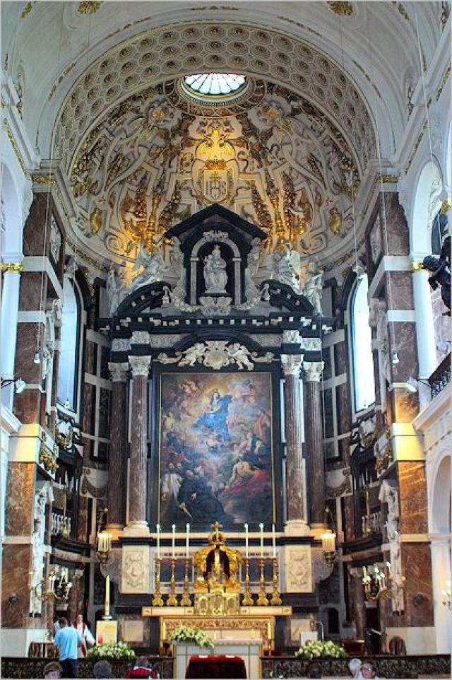 Църквата Каролус Боромеус