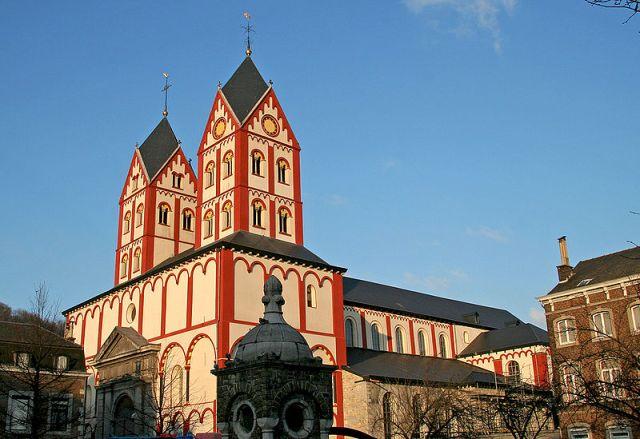 Църквата Свети Бартоломей