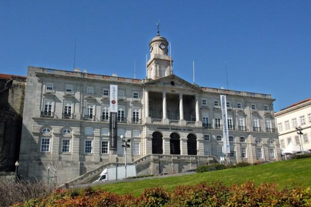 Дворецът Болса
