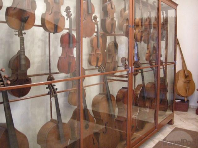 Музей на музикалните инструменти