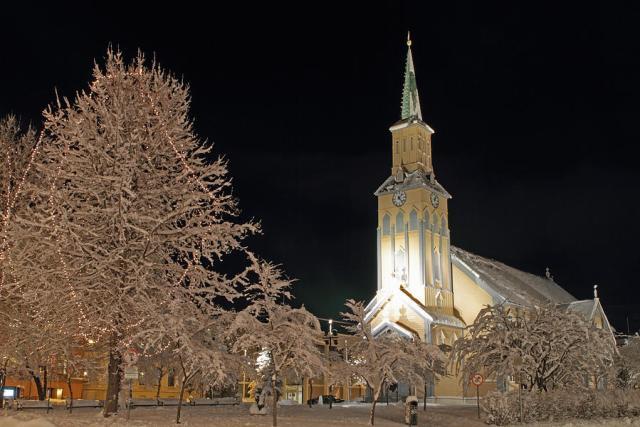катедралата наТромсьо
