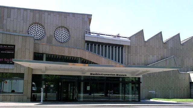 music instruments museum berlin