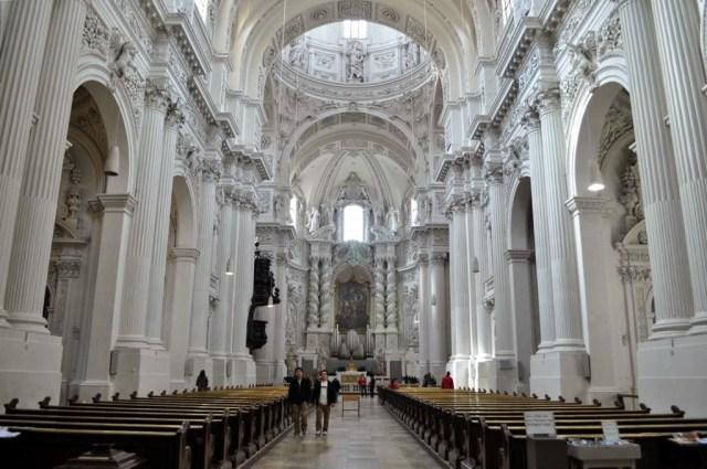 """Църквата """"Свети Кайетан"""""""
