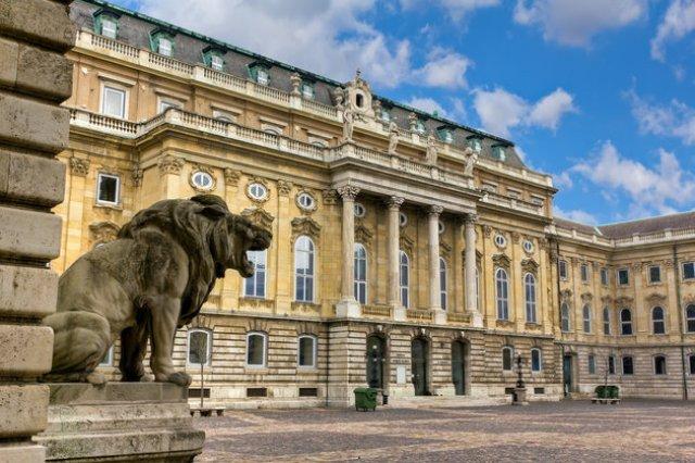 Историческият музей на Будапеща