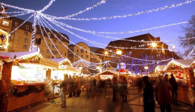 Коледният базар в Лил