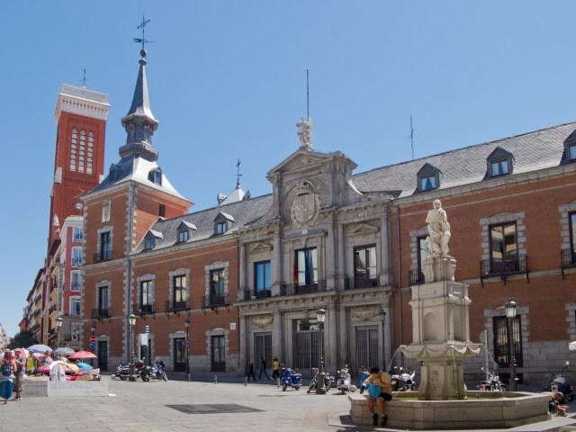 Дворецът Санта Круз
