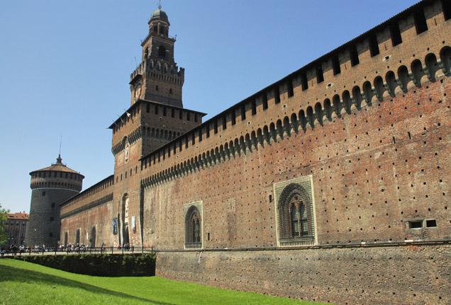 Автомобилна обиколка на северните италиански градове