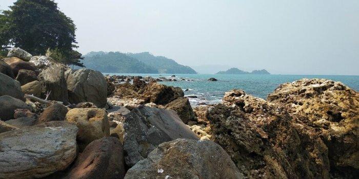 paket wisata pantai kahai