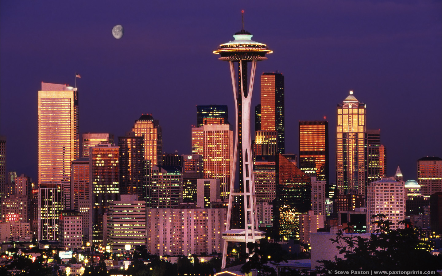 https://i1.wp.com/www.city-data.com/forum/attachments/city-vs-city/46496d1249442398-skyline-competition-san-francisco-vs-seattle-moon_over_seattle_1440x900.jpg