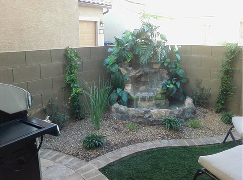 Small Backyard Water Features | Modern Diy Art Designs on Small Backyard Water Features id=46147