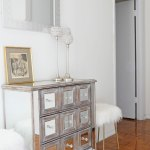 Why a Mirror is Essential in Your Entryway