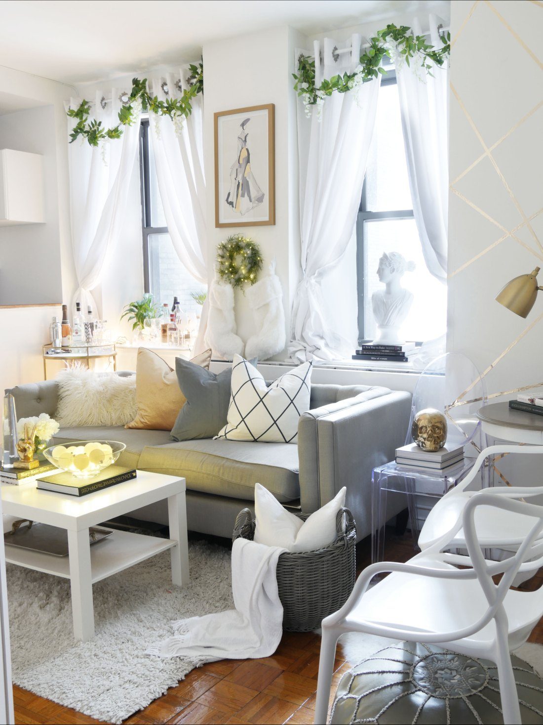 Decorating for the Holidays in a Small Space - City Chic Decor