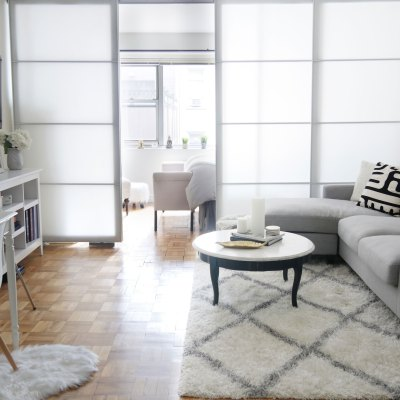 How to Create a Faux Wall in Your Rented Space | Guest Post
