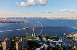 Conceptual rendering of the North site view of the New York Wheel and New York Harbor. Image credit: NYCEDC