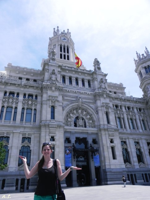 in front of Palacio de Communicationes
