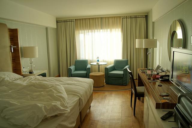 Sheraton Hotel Room - image via Flickr by Sandrine