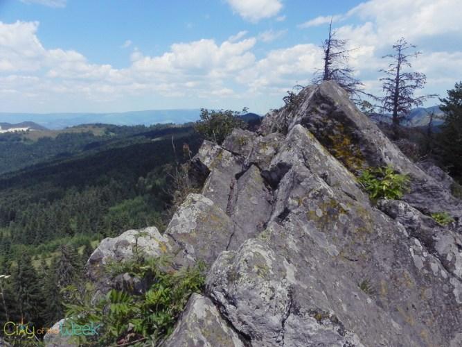 the peak of Detunata Flocoasa