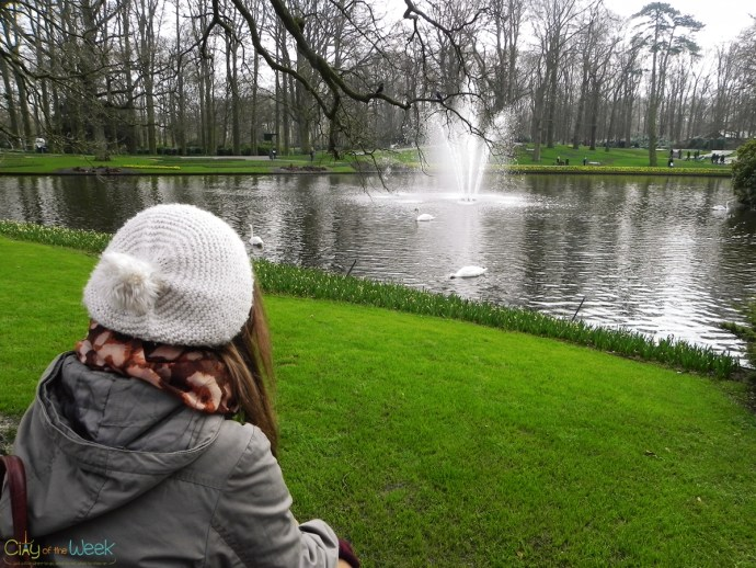 relaxing in Keukenhof Gardens
