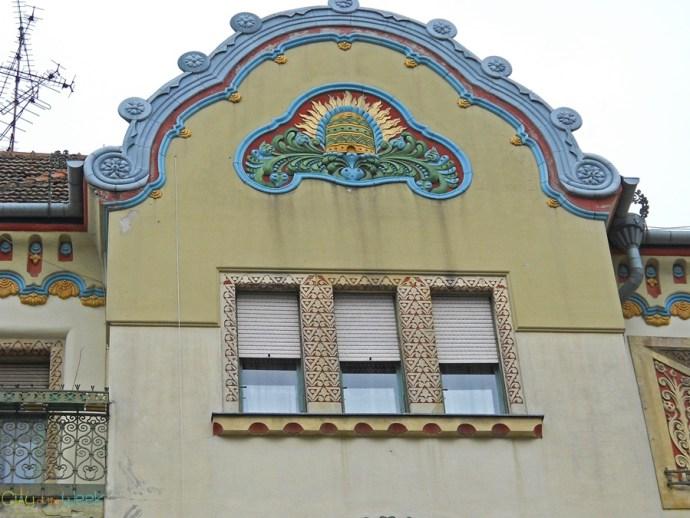 facades-of-novi-sad-serbia (5)