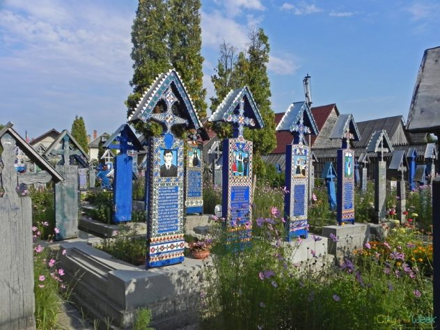 merry-cemetery-of-sapanta-maramures (5)
