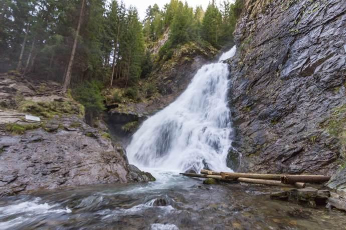 Valul Miresei, Cascada Rachitele, Western Carpathians, Romania