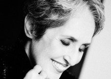 Joan Baez web crop