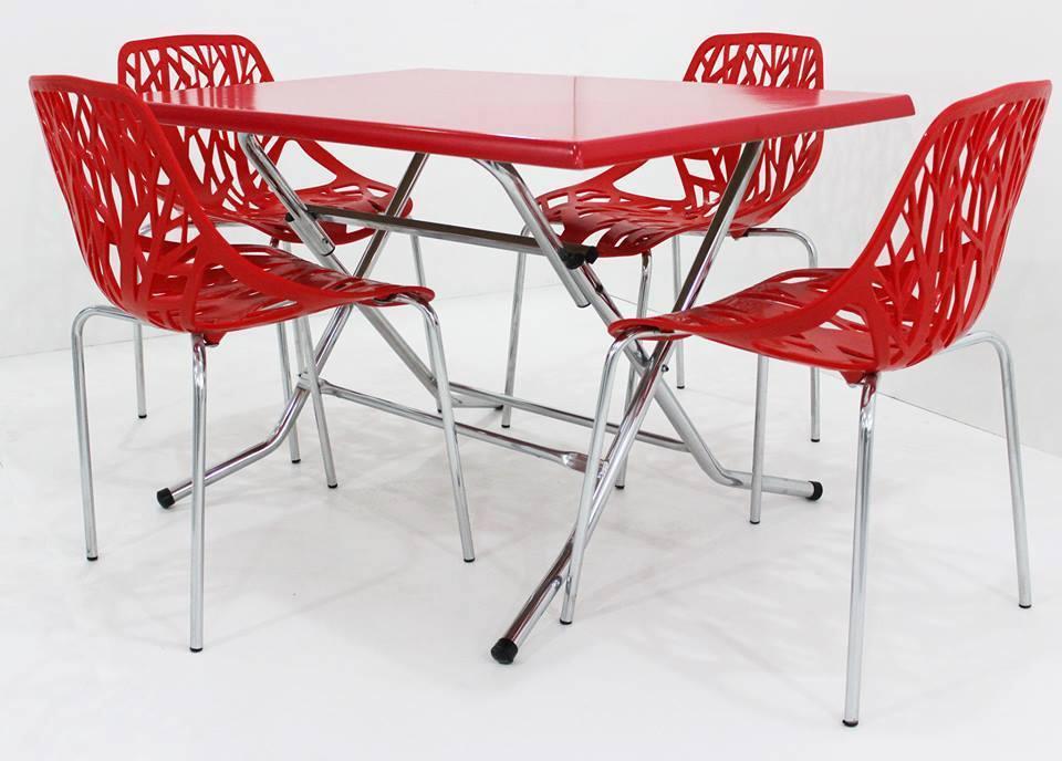 table pliante 110x70cm avec 4 chaises