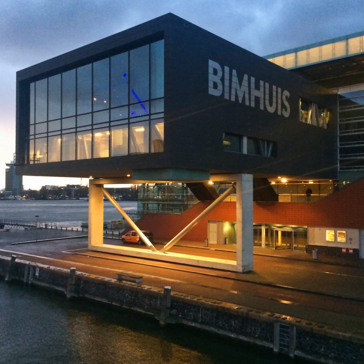 Bimhuis outlook at night 2