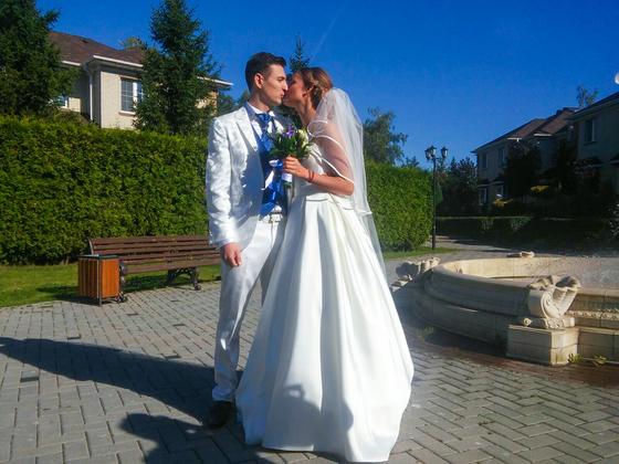 Звезда «Универа» женился напреподавателе йоги