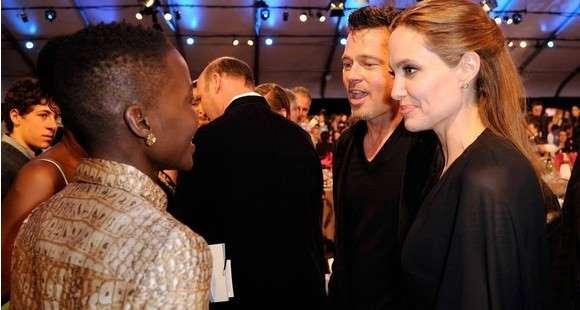 Причина развода Джоли и Питта - измена