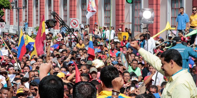 Jóvenes marchan este domingo hasta Miraflores por elDía de la Juventud