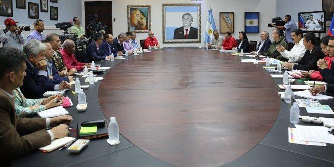 (+Audio) Ejecutivo invitó al pueblo a debatir sobre la pertinencia de Venezuela en la OEA
