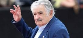 Pepe Mujica arribó a Ecuador como observador electoral de Unasur