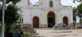 Larenses condenan uso de la Divina Pastora para manipulación política