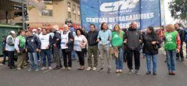 Trabajadores argentinos marchan en rechazo a medidas laborales de Macri