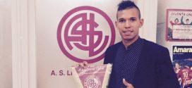 Delantero venezolano Andrés Ponce jugará a préstamo en Livorno de Italia