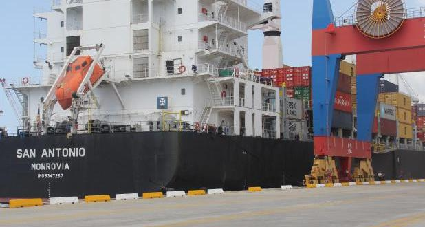 Arriban a puertos venezolanos 31.218 TM de artículos de primera necesidad