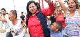Con alegría larenses participan en elecciones regionales
