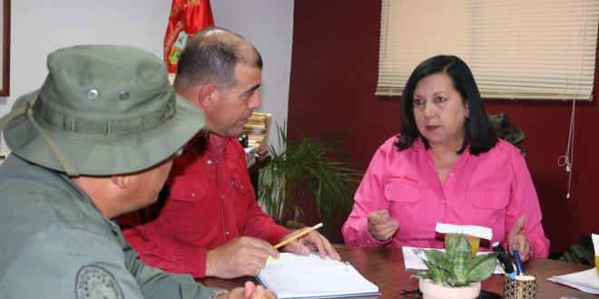 Gobernadora Meléndez y autoridades de la ZODI trazan estrategias para la seguridad de los larenses