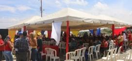 Unas 600 familias de El Cercado recibirán titularidad de tierras urbanas