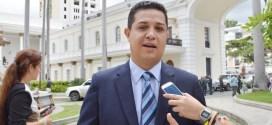 Willian Gil: Ley de Precios Acordados busca estabilizar la economía del país