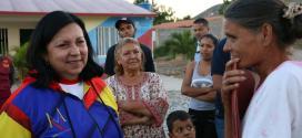 Gobernadora Carmen Meléndez inspeccionó áreas afectadas por lluvias en Barquisimeto